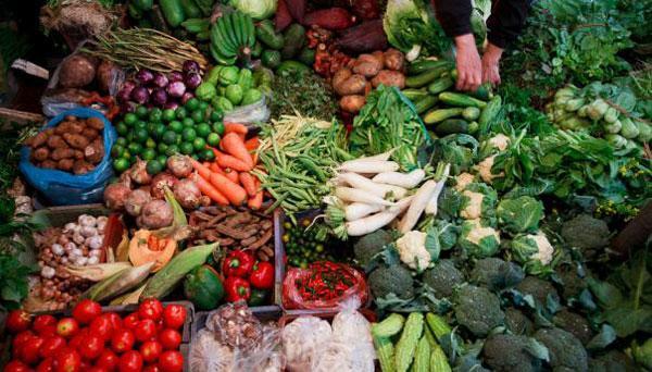 UAE bans fresh fruits, vegetables from Kerala after Nipah ...Kerala Vegetable Market